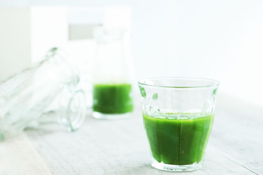青汁で野菜不足を補う