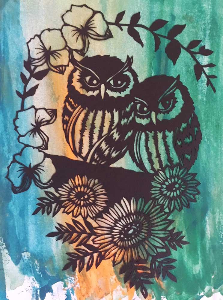 練習4作品目の「フクロウ」の切り絵