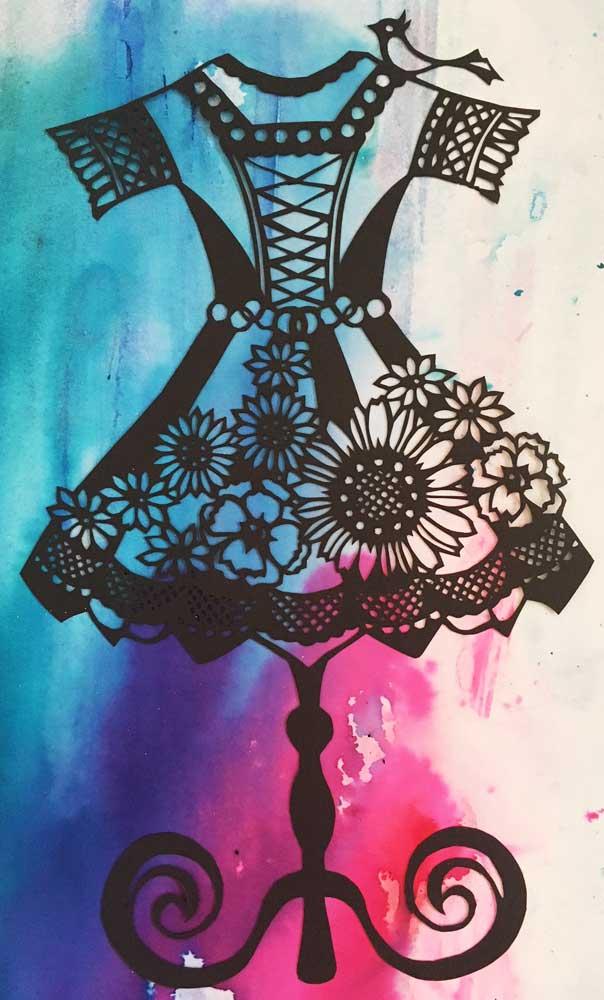 切り絵の練習5作品目「ドレス」